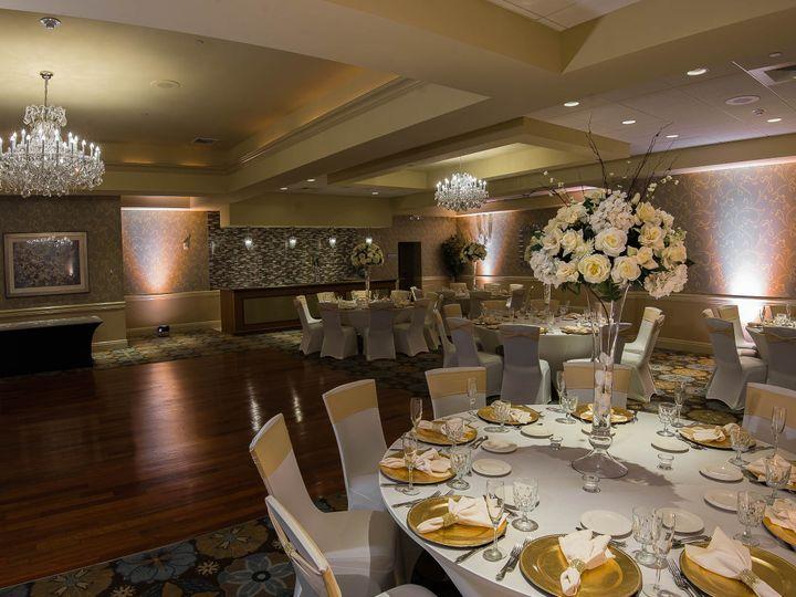 Tmx 2014 10 01 Crystal Emerald Lighting 058 51 130340 Freehold, New Jersey wedding venue
