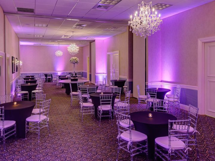 Tmx 2019 11 25 Rhf Crystal Cocktail Hour Salons A C 51 130340 158317596515268 Freehold, New Jersey wedding venue