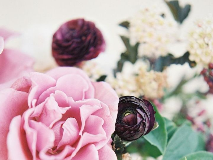 Tmx 1460215221512 02c6af55ee83fe57c954c417140b5470 Greensboro, NC wedding florist