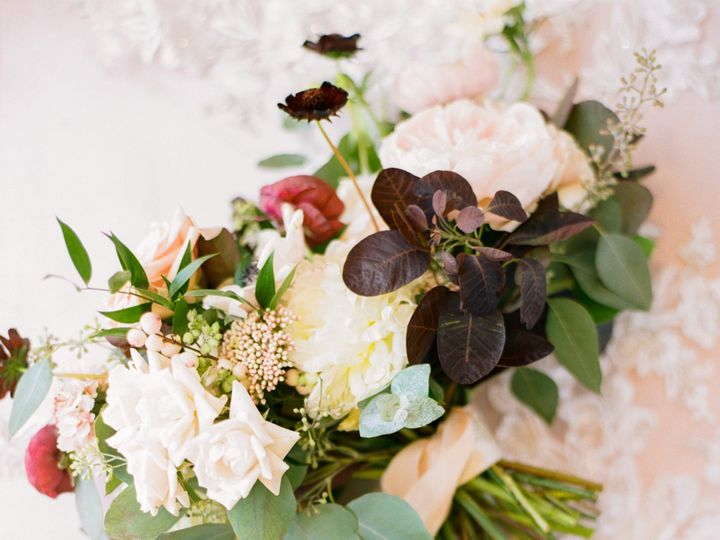 Tmx Catherineannphotographywedding9719emmiemattfilm7 51 921340 157453072031939 Greensboro, NC wedding florist