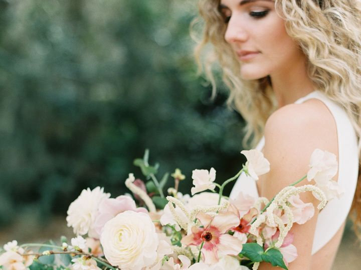 Tmx Charleston Editorial 0100 51 921340 157453064446985 Greensboro, NC wedding florist