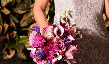 True Artistry Flowers 1