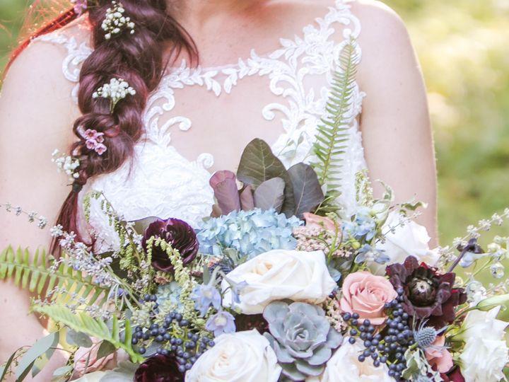 Tmx Deephuesbride 51 365340 1570742358 White Salmon, WA wedding florist