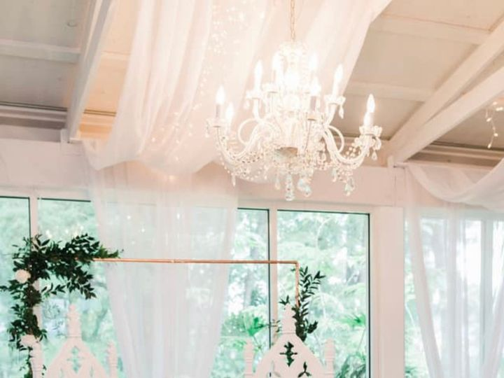 Tmx Img 7196 51 996340 1560201401 Tampa, FL wedding florist