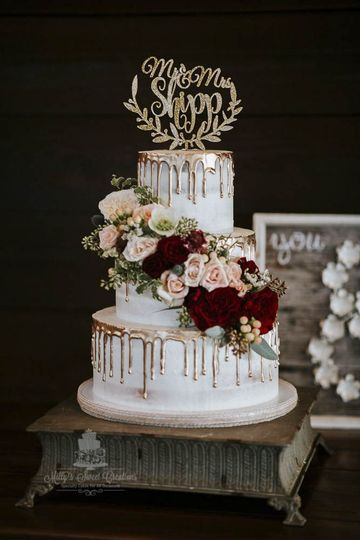 rustic barely naked wedding cake with gold dripping 007 51 529340