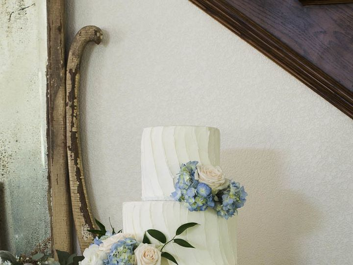 Tmx 1505053527247 Textured Buttercream Wedding Cake 005 Cleburne, Texas wedding cake