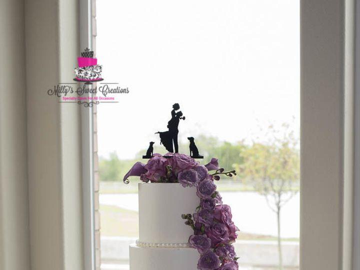 Tmx 1523223627 F3a80e5616a51c33 1523223626 B0774f9c89788d2f 1523223626333 2 Cascading Flowers  Cleburne, Texas wedding cake