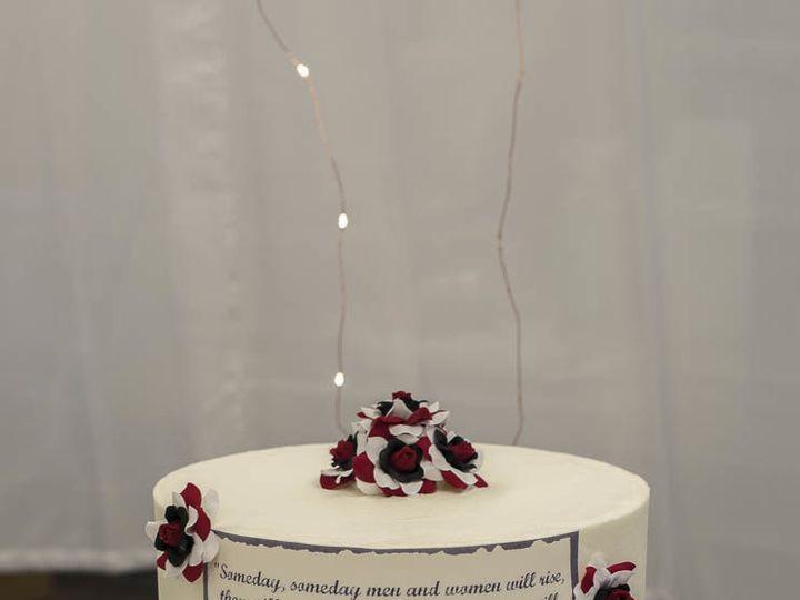 Tmx 1524366245 79e1576e4fc2797c 1524366244 Da956dcae98ee1e3 1524366253021 1 Red Black And Whit Cleburne, Texas wedding cake