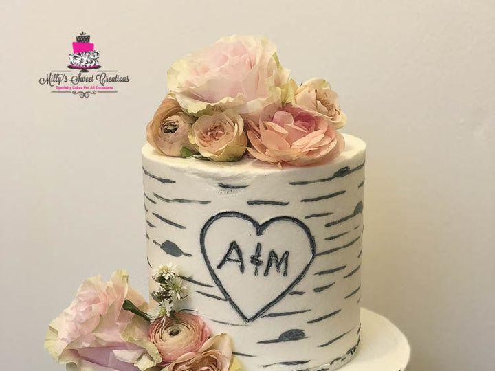 Tmx 1526876823 38e232399f495b69 1526876822 52d96bb30180a593 1526876828895 3 Buttercream Birch  Cleburne, Texas wedding cake