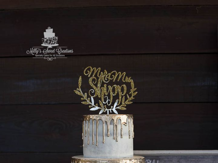 Tmx Rustic Barely Naked Wedding Cake With Gold Dripping 002 51 529340 Cleburne, Texas wedding cake