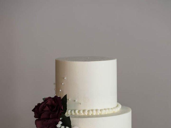 Tmx Smooth Buttercream Wedding Cake With Silk Flowers 006 51 529340 Cleburne, Texas wedding cake