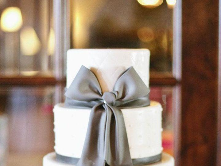 Tmx 1457387880010 1080c8d34bcf916e579c033fde080b38 Naples, FL wedding cake