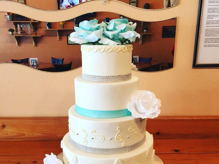 Tmx Img 3947 51 633440 161506251312231 Naples, FL wedding cake