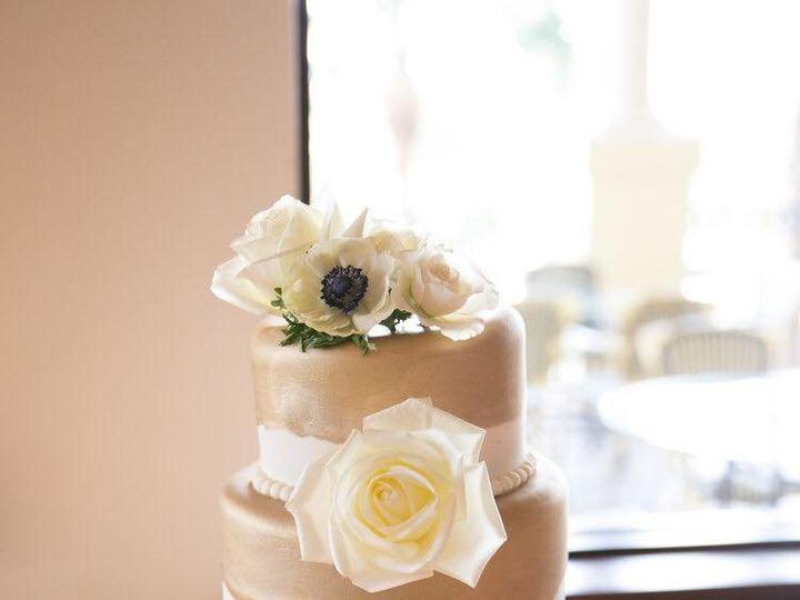 Tmx Img 3950 51 633440 161506244222416 Naples, FL wedding cake
