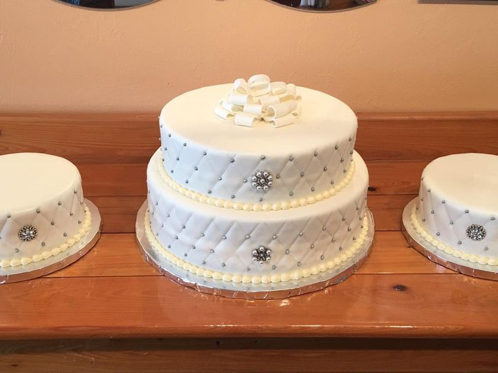 Tmx Img 3954 51 633440 161506247556094 Naples, FL wedding cake