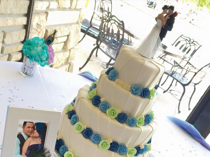 Tmx Img 3966 51 633440 161506243941759 Naples, FL wedding cake