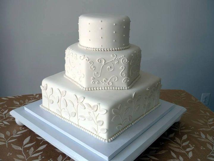 Tmx Img 3979 51 633440 161506247062092 Naples, FL wedding cake