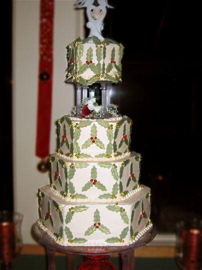 Holiday Holly Cake