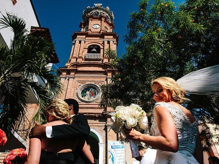 Tmx 1521134155 F8726603dc005db9 1521134154 05b2ce2db12aa726 1521134136713 1 F0392 Puerto Vallarta, MX wedding planner