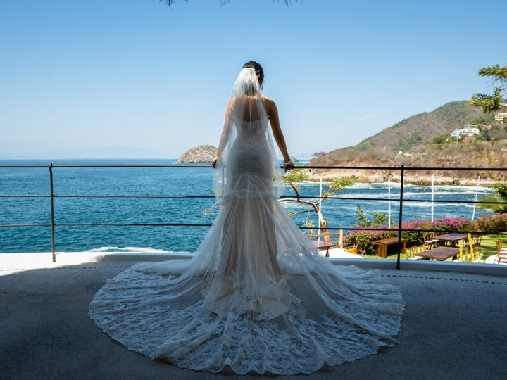 Tmx Getting Ready 203 1 51 531540 161116732610540 Puerto Vallarta, MX wedding planner