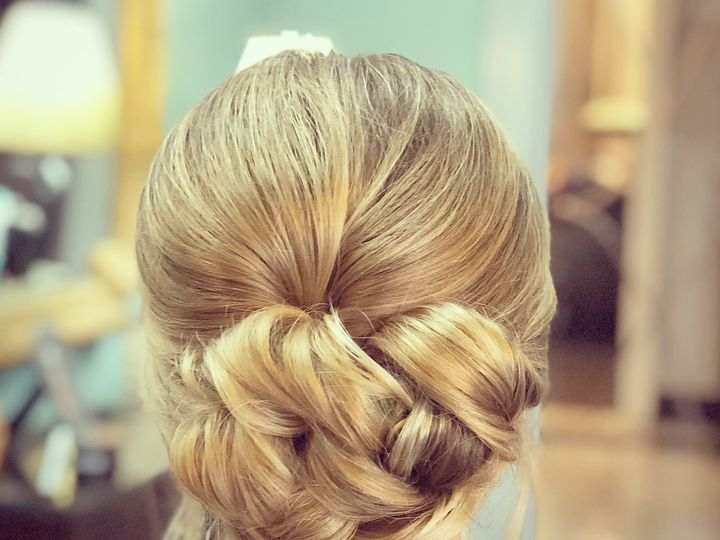 Tmx Hair2 51 642540 1572914960 Lexington wedding beauty