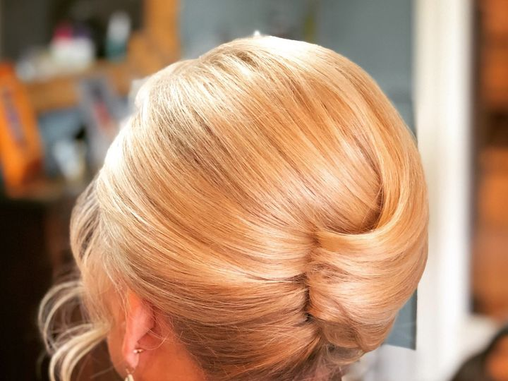 Tmx Hair2 51 642540 1572915511 Lexington wedding beauty