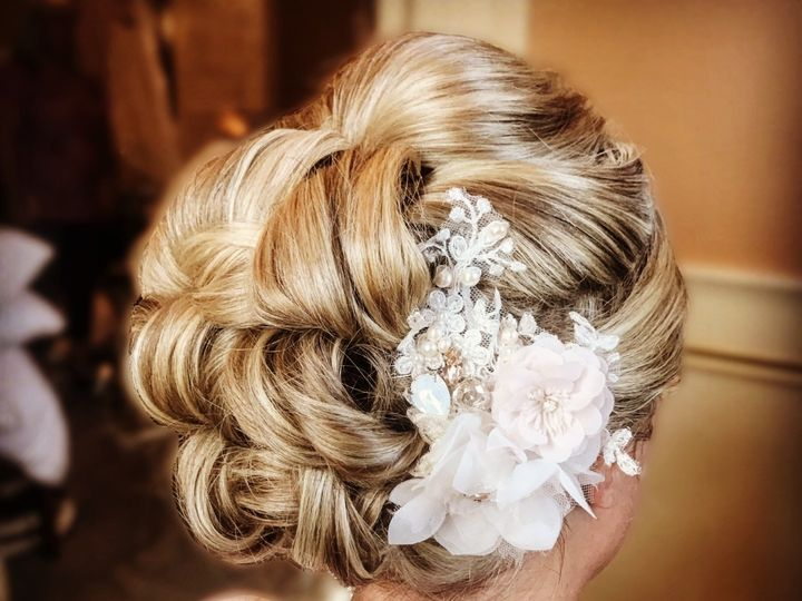 Tmx Hair2 51 642540 1572918322 Lexington wedding beauty
