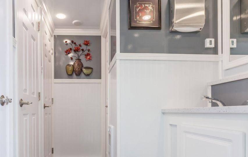 Restroom trailer decor