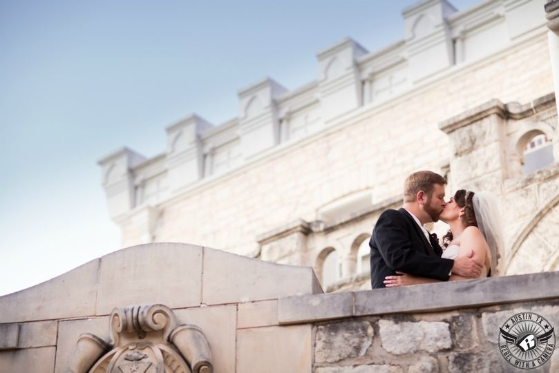 Architectural Kiss - Bride's Best Friend