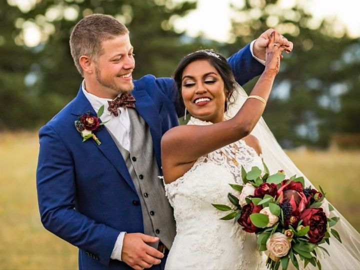 Tmx Jakejulie 338 1 51 984540 159051031796470 Louisville, CO wedding florist