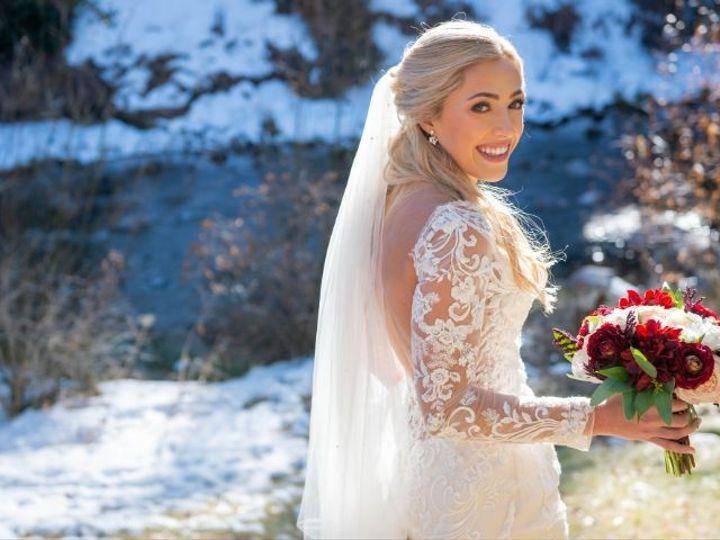 Tmx Maddie And Evan Wedding 0256 1 51 984540 159051032020820 Louisville, CO wedding florist