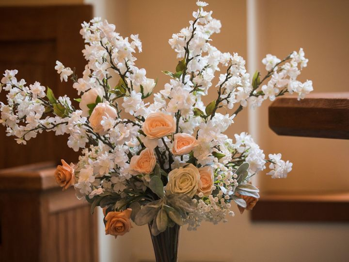 Tmx Redrock Portrait Design 68 1 51 984540 160278573947790 Louisville, CO wedding florist
