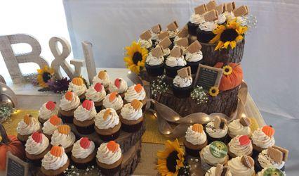 Triple Sweet Cupcakes