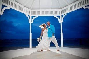 Tmx 1377026018873 106223749570561354451711482365n Riverview wedding dress