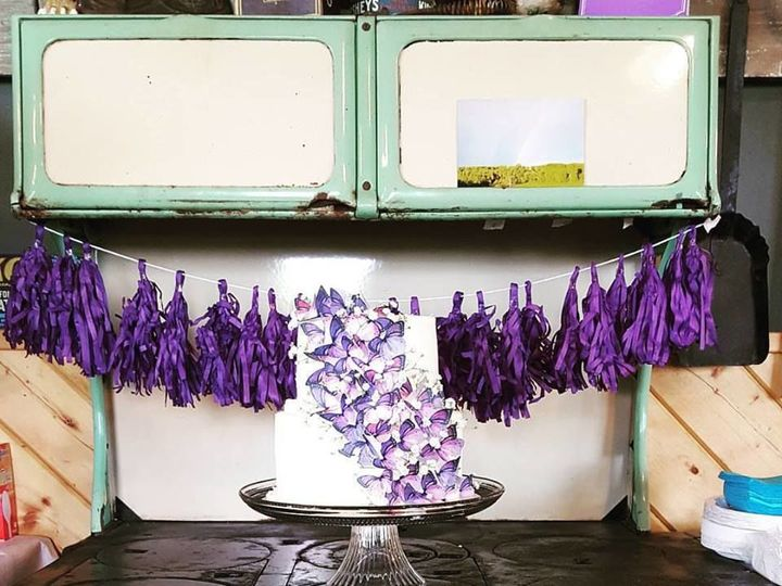 Tmx 1526492355 Cb9a42456f6c75bb 1526492354 B99409a74c56fcc9 1526492355026 2 Butterfly Cake 2 Shafer wedding cake