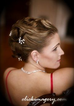 800x800 1226184804641 bridesmaid updo
