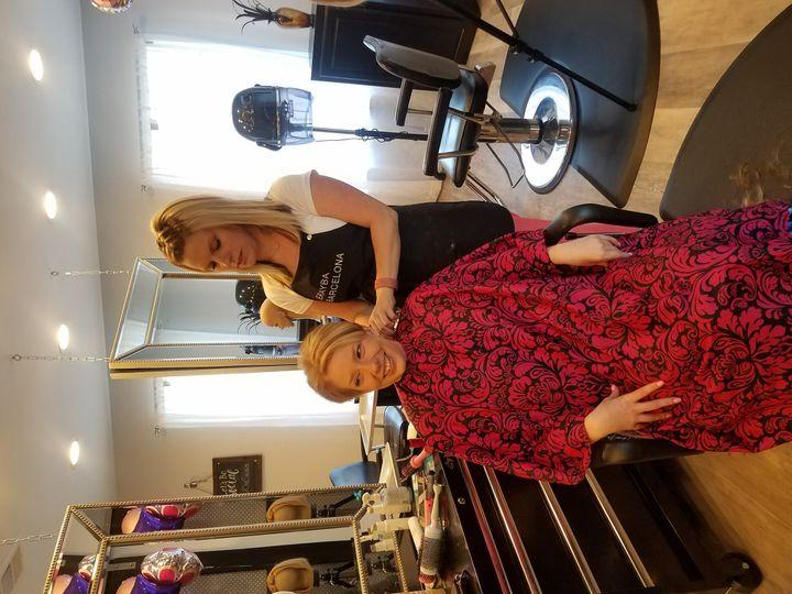one salon hair stylist