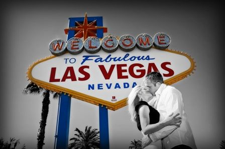 Las Vegas Sign Photoshoot