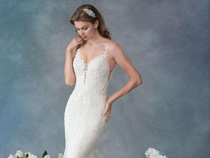 Tmx 1537731361 B898a7532463f9c0 1537731360 0250d28d67453926 1537731359936 4 19 Wl125 F Wimberley, TX wedding dress