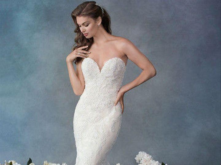 Tmx 1537731366 E28ca98d0a0e22a3 1537731365 C21db8df5a288fb7 1537731365066 5 19 Wl127 F Wimberley, TX wedding dress