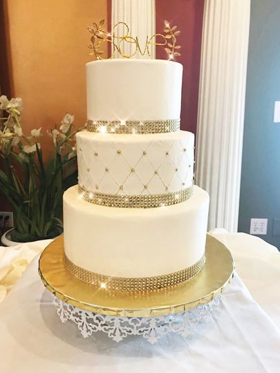 Wedding cake with gold bits