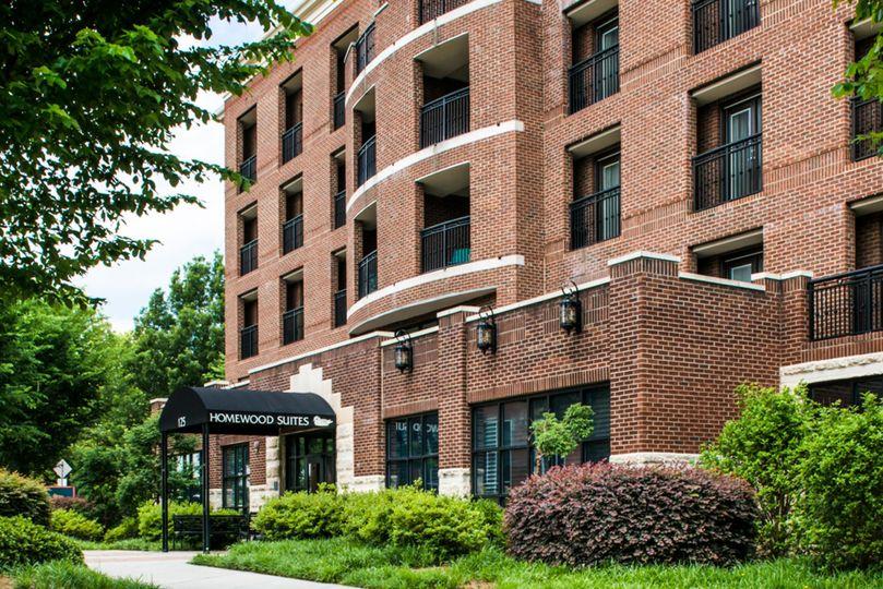 13a793d9830ee5f8 CLTDSHW 61108183 Hotel Exterior 4496x3000