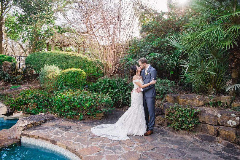 c72069fd3876027b La Vie Est Belle Photography Copyright 2017 Texas Wedding Phot