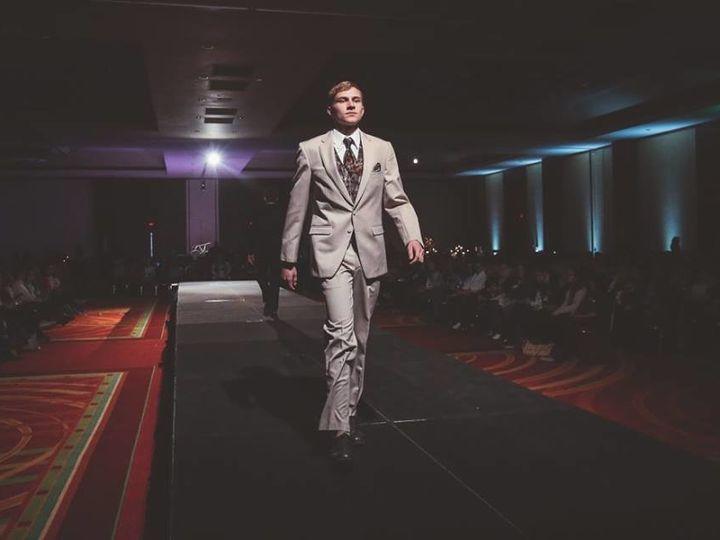 Tmx 1503722845985 1247240011224981310953483001269493161151435n Cedar Rapids wedding dress