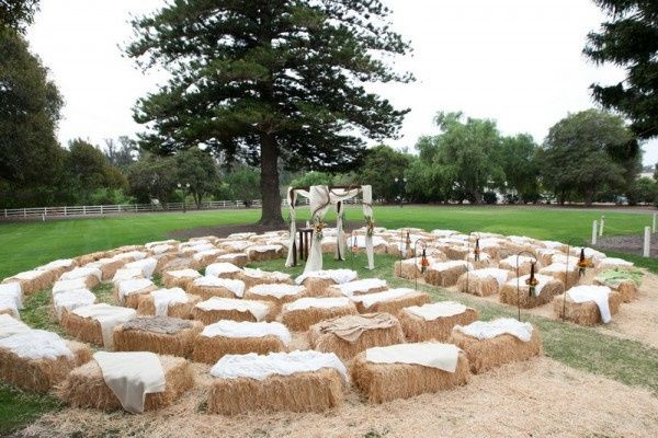 hay bale ceremony seating e1360547938328
