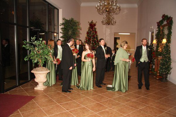 Getting the wedding party lined up for the processional.