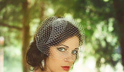 Rose Red Bridal Designs Veils & Accessories