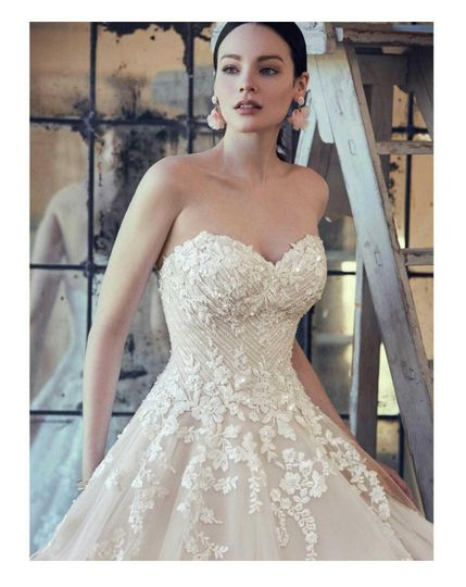 wedding dresses3 51 80840