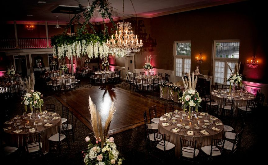 Ballroom for up to 200 guests