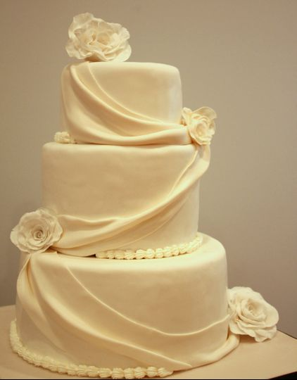 Savvy Treats - Wedding Cake - Rockville, MD - WeddingWire